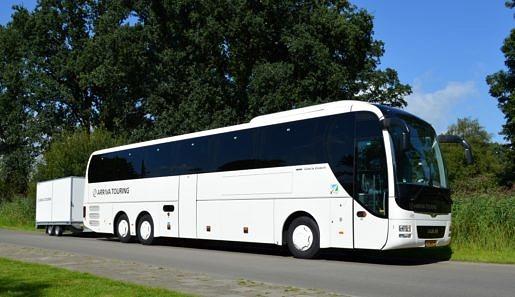Touringcar 60 personen
