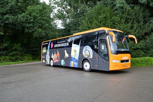 """""""Er gaat niets boven Groningen"""" bus"""