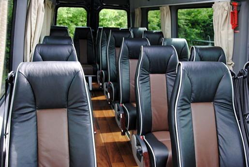 19 persoons busje, binnenzijde