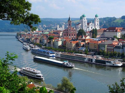 Passau vanuit de lucht