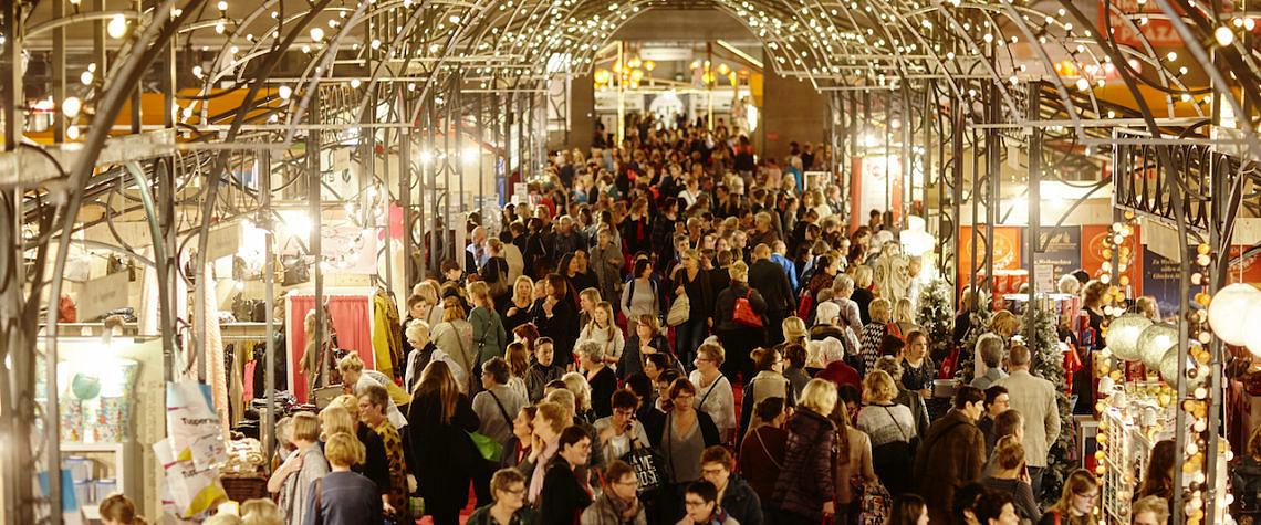 Margriet Winterfair mensen die winkelen